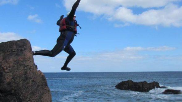 Adventure Aberdeen - coasteering