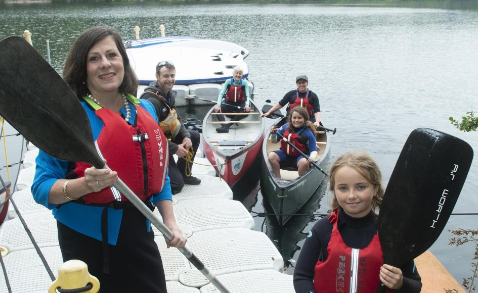 Depute Lord Provost, Councillor Jennifer Stewart with participants and instructors at a canoeing session